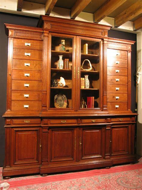 meuble cabinet de curiosite meubles 6