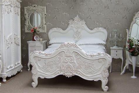 chambre a coucher baroque le lit baroque en 40 photos romantiques