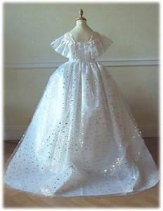 robe sissi aux etoiles avec traine qui se porte aussi en With robe avec traine