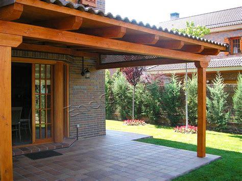 porche de madera  jardin existe muchas posibilidades