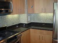 backsplash tile pictures Glass Tile Backsplash Ideas for Kitchens and Bathroom ...