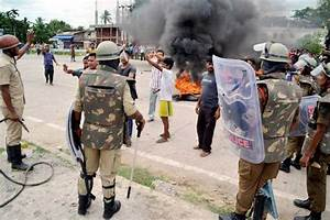 Bandh in Assam as police, protesters clash over AIIMS