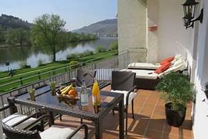 loge 1 neue 5 sterne ferienwohnung loge 1 zell mosel With markise balkon mit tapeten bordüre sterne