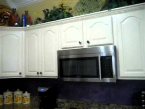 how to finish kitchen cabinets oak cabinets painted and faux finish backspash avi 7249