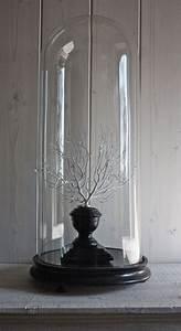 Cloche Verre Deco : best 25 cloche en verre ideas on pinterest cloche verre cloche en verre deco and cloche ~ Teatrodelosmanantiales.com Idées de Décoration