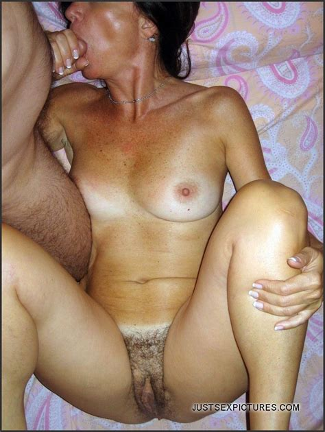 Amateur Secret files from the mature married... Picture #4.