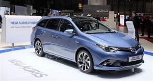 Toyota Introduces Facelifted Auris  Revamped Powertrains