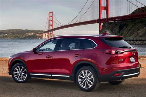 Compact Suv That Seats 7
