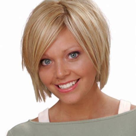 frisuren mittellange duenne haare haarschnitt