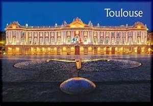 Achat Or Toulouse : magnet toulouse place du capitole de nuit ~ Medecine-chirurgie-esthetiques.com Avis de Voitures
