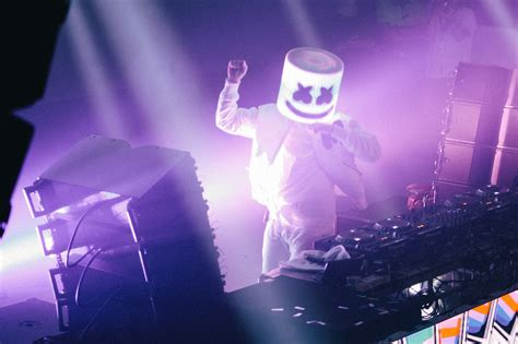 1125x2436 Marshmello Live Performance 4k Iphone Xs,iphone 10,iphone X Hd 4k Wallpapers, Images