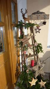 Eingangsbereich Außen Dekorieren : haust r deko mit alter leiter weihnachten ~ Buech-reservation.com Haus und Dekorationen