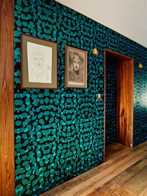 gucci home wallpaper gallery