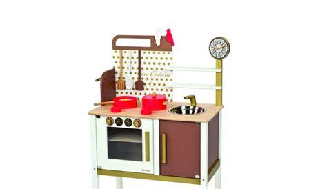 vertbaudet cuisine en bois vertbaudet cuisine bois myqto com