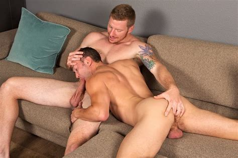 Colt Rivers Ryan Gets Fucked By David Outdoor