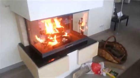 insert cheminée bois chemin 233 e bois 3 faces brisach avec foyer a porte escamotable