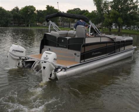 joy  docking pontoon deck boat magazine