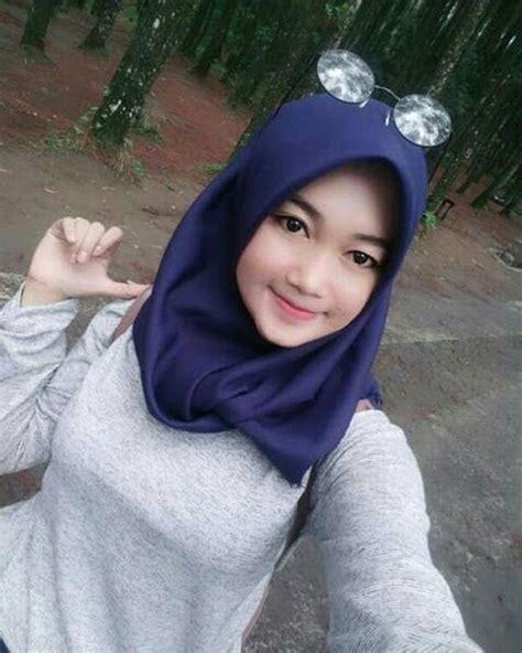 gadis berhijab cantik idaman hati hijab kecantikan jilbab cantik