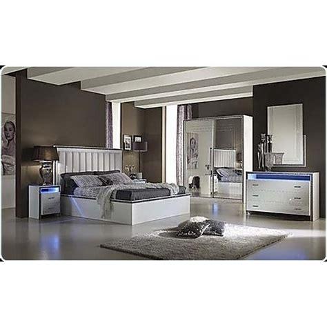 chambre r騁ro mobila dormitor paturi p 03 mobila apartamentul s r l pascani