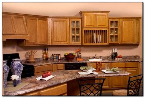 Best Color For Kitchen Cabinets 2015 by Oak Cabinets With Granite Countertops Home And Cabinet
