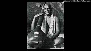 Mahamantra sung by Sri Swami Sivananda - YouTube