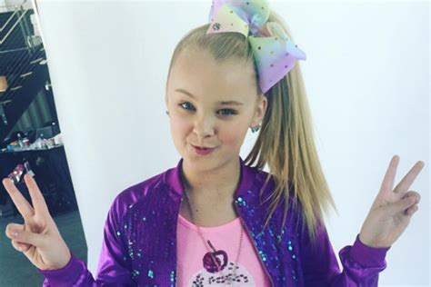Jojo Siwa Reveals The Meaning Behind Her Iconic Bows