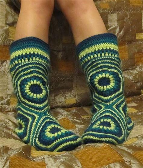 high knee crochet slipper boots patterns    feet