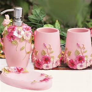 Shabby chic pink bathroom set for Shabby chic bathroom accessories sets