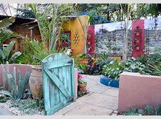 'Mexican Colonial Hacienda Style Courtyard Garden