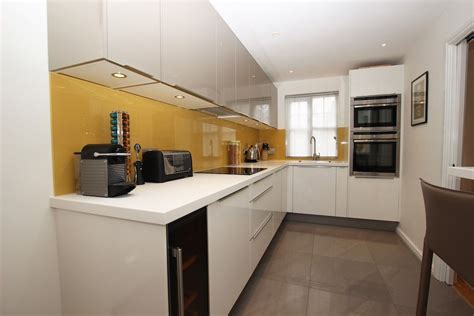 shaped kitchens  lwk kitchens london kitchen