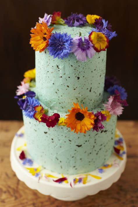 fresh flowers  wedding cakes  guide fresh