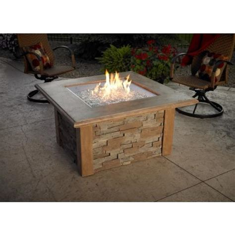 firepit table with ledgestone and supercast top in