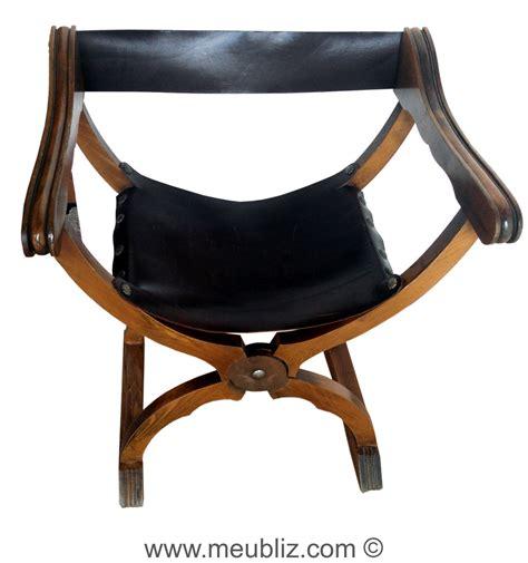 d 233 finition d une chaise curule si 232 ge et du moyen 226 ge