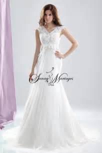 mariage atypique robe de mariee dentelle elfique ou celtique avec cape séparée mariage