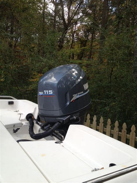 Boat Fuel Tank For Sale Near Me by 2001 Pathfinder 1900v For Sale The Hull Boating