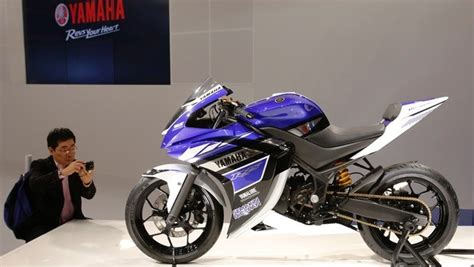 R15 Bike Modification Photos by Yamaha R15 V2 0 Gets New Colour Shades In India Variants