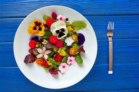 cuisiner avec des fleurs comment cuisiner avec des fleurs comestibles