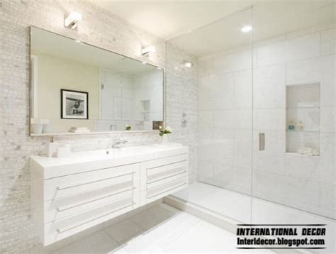 bathroom mirrors  tips  choosing