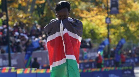 Kenijas skrējēja Keitani ceturto reizi triumfē prestižajā ...