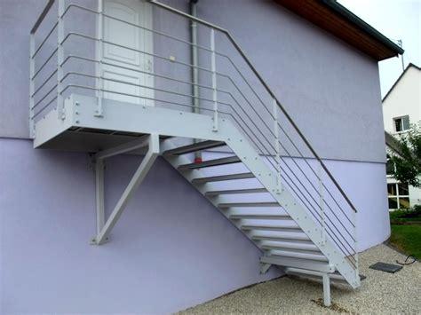 escalier ext 233 rieur avec dalles de terrasse metal concept escalier ferronnerie d alsace