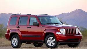 2010 Jeep Liberty Sport  Review Photo Gallery