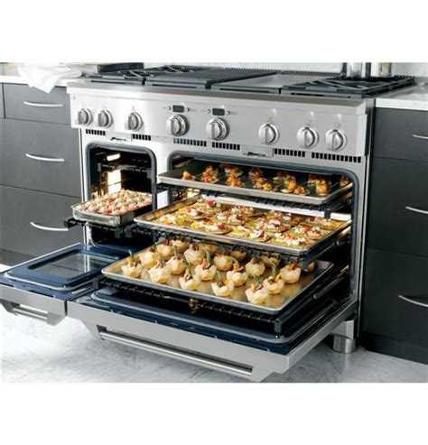 ge monogram  dual fuel professional range   burners  griddle natural gas