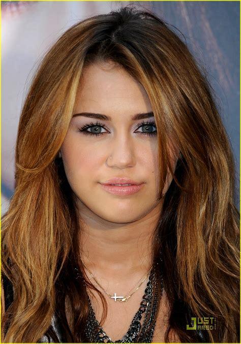 Miley Cyrus is Madrid Marvelous | Photo 371745 - Photo ...