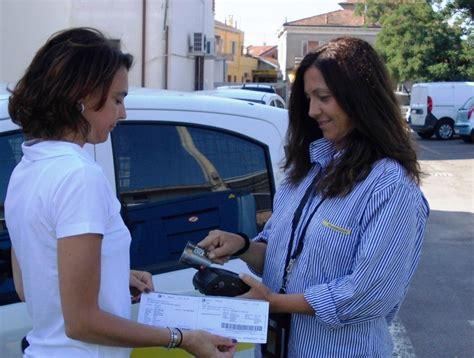 Ufficio Postale Roveri Bologna Bollette Pagate Sull Uscio Di Casa Grazie Ai Palmari Dei
