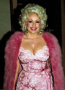 30 Gorgeous Photos That Defined Fashion Styles Of Dolly