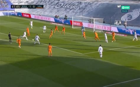 Video: Toni Kroos extends Real Madrid lead with lovely finish