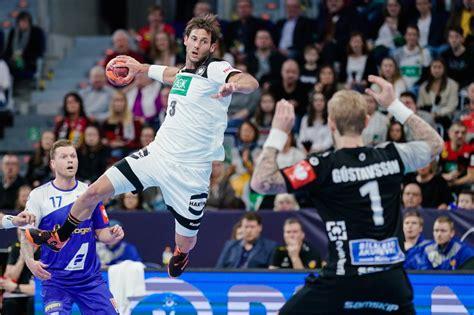 Fliegen sie mit finnair von deutschland nach island und kommen sie in den genuss unseres hochwertigen service. Handball-Länderspiel in Mannheim: Fotos von Deutschland ...