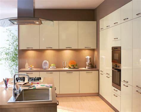 cuisine anvers conforama photo 16 20 gris brillant lignes tr 232 s 233 l 233 gantes tarif