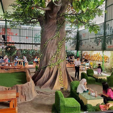 foresthree cafe  suasana hutan  menu sehat  bogor