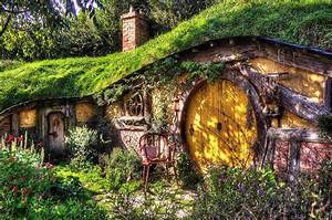 How to Build a Hobbit House DIY Projects Craft Ideas & How